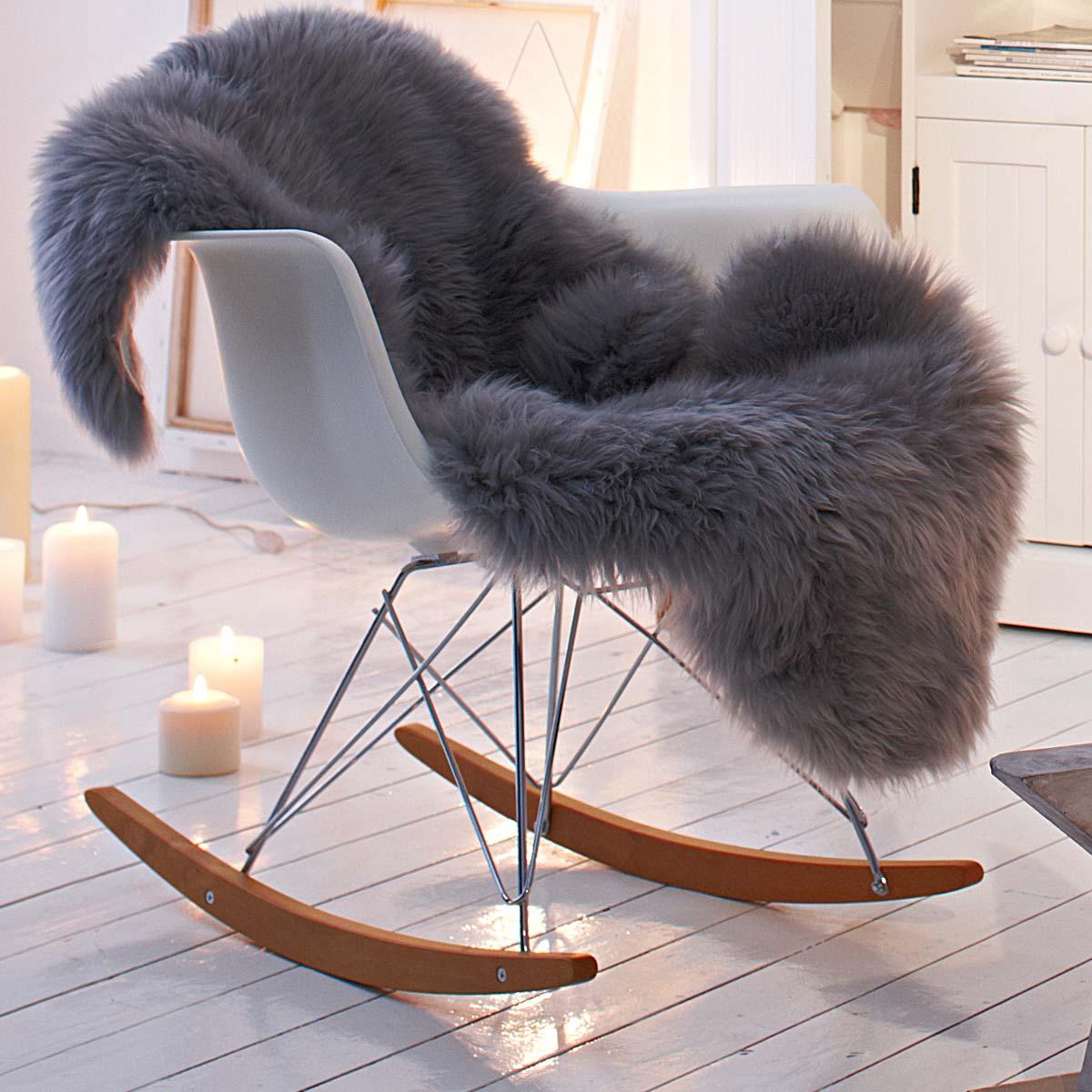 eines tages schaukelstuhl mamazine. Black Bedroom Furniture Sets. Home Design Ideas
