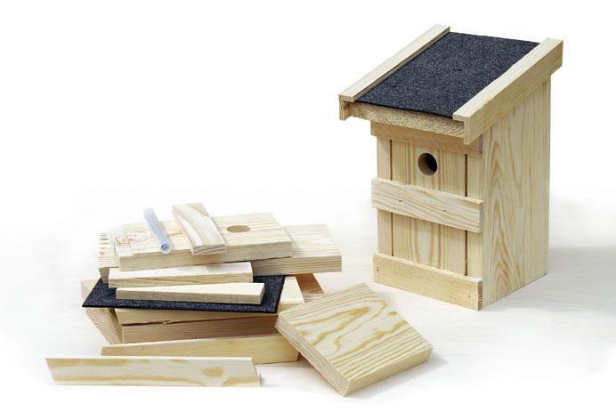 es ist m rz und auch die meise muss an die familienplanung. Black Bedroom Furniture Sets. Home Design Ideas