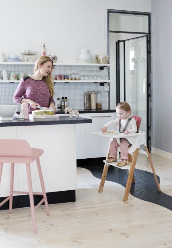 steps von stokke der designliebling unter den kinderst hlen mamazine. Black Bedroom Furniture Sets. Home Design Ideas