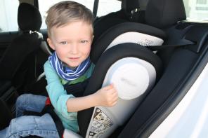 Sichere Fahrt in den Frühling mit dem Britax Römer Kindersitz KIDFIX II XP SICT