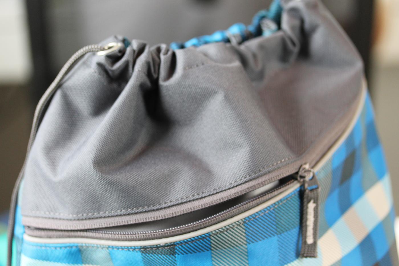 Sporttasche-Seitenfach